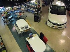 きれいな店内で納得行くまでご説明させていただきます☆★店内には豊富なカー用品が並び、カーナビ、カーフィルムなど全メーカー正規取り扱いです。アフターフォローもピット完備で安心です。ぜひ御来店下さい☆★ 羽島インターから車で10分!!