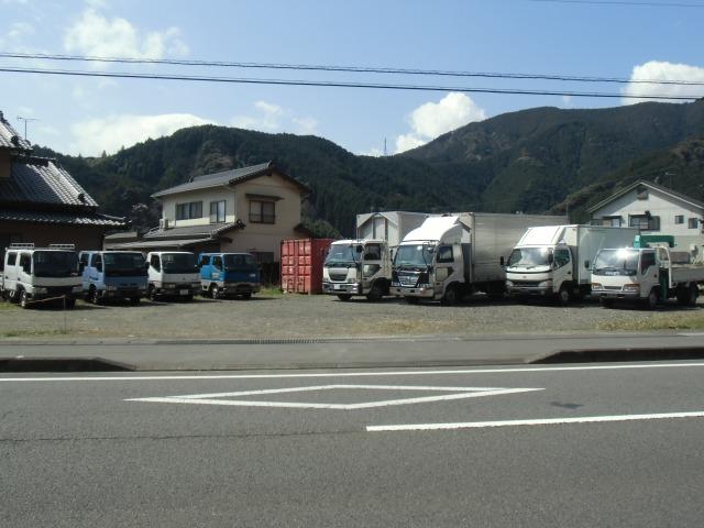「静岡県」の中古車販売店「Boo Boo Cars」