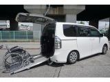ヴォクシー/2.0 X Lエディション ウェルキャブ スロープタイプI 車いす2脚仕様車