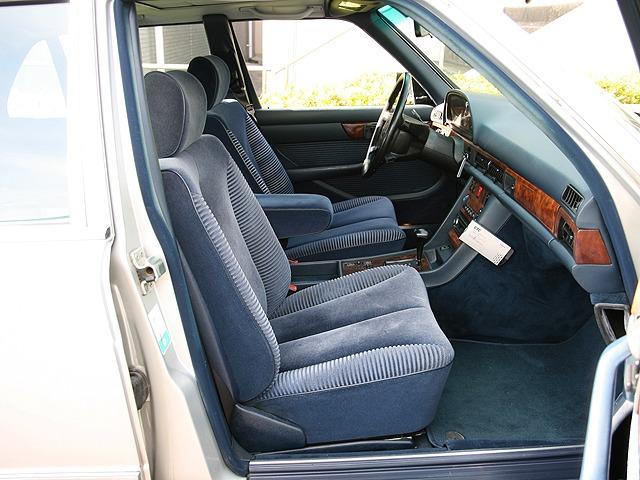 「メルセデスベンツ」「560SEL」「セダン」「神奈川県」の中古車10