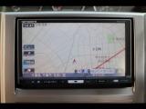 フルセグ地デジTV、ミュージックサーバーも搭載したHDDナビが装備されています♪