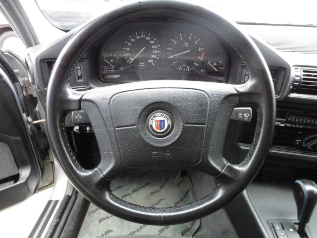 「BMWアルピナ」「B10」「セダン」「愛知県」の中古車
