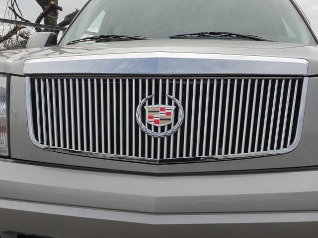 「キャデラック」「エスカレード」「SUV・クロカン」「大阪府」の中古車