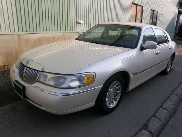 「リンカーン」「タウンカー」「セダン」「北海道」の中古車