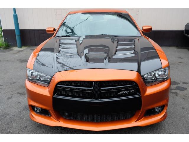 オプションでカーボンエンジンフードの取付も可能です!お気軽にご相談下さいませ!