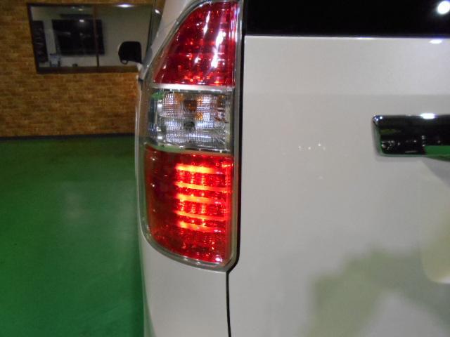 「トヨタ」「ノア」「ミニバン・ワンボックス」「大阪府」の中古車
