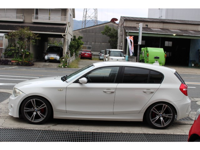 「BMW」「116i」「コンパクトカー」「大阪府」の中古車