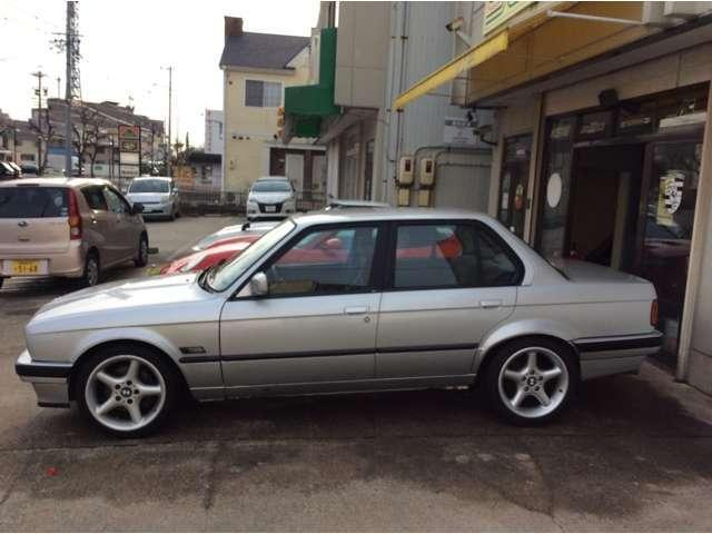 「BMW」「325i」「セダン」「愛知県」の中古車6