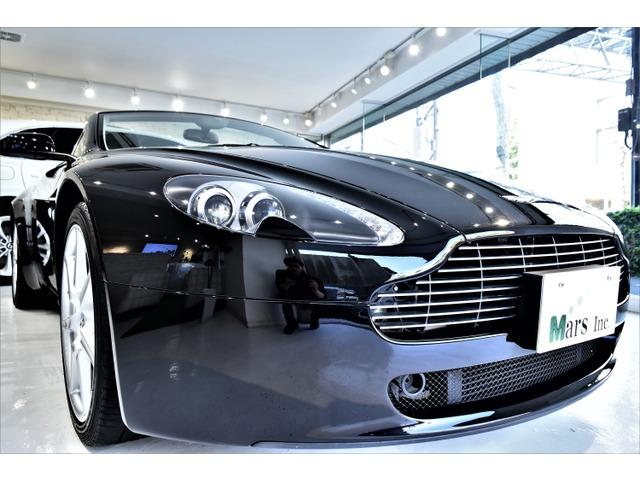 「アストンマーティン」「V8ヴァンテージロードスター」「オープンカー」「東京都」の中古車