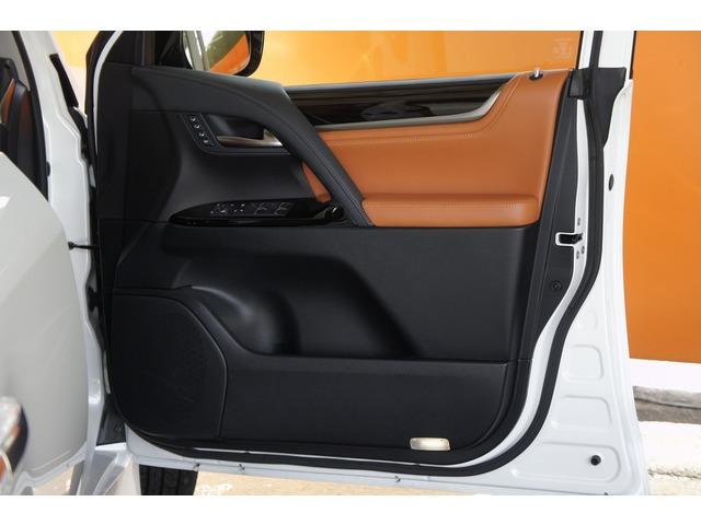 「レクサス」「LX570」「SUV・クロカン」「奈良県」の中古車8