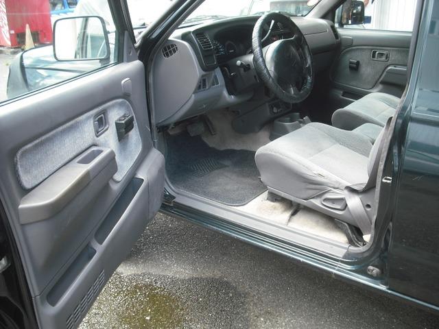 「その他」「フロンティア」「SUV・クロカン」「福岡県」の中古車3
