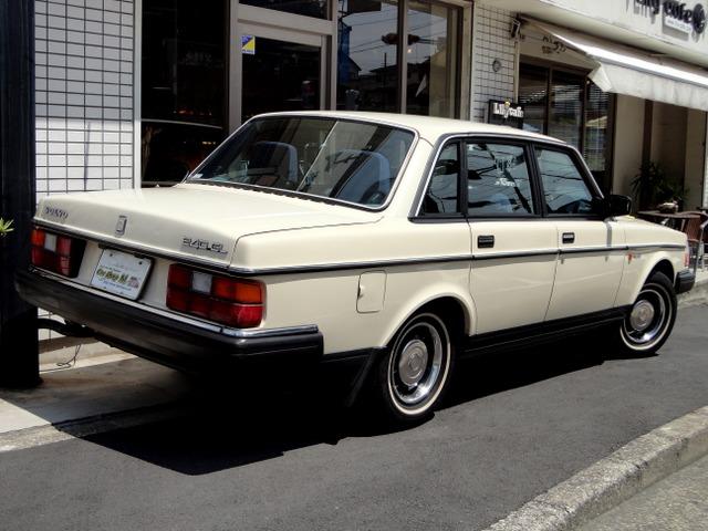 「ボルボ」「240」「セダン」「神奈川県」の中古車7