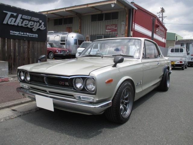 スカイラインGT-R(日産) GT-R 中古車画像