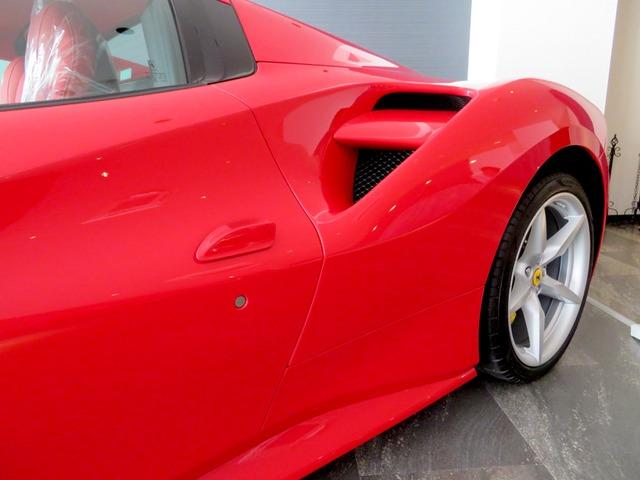 「フェラーリ」「488スパイダー」「クーペ」「福岡県」の中古車