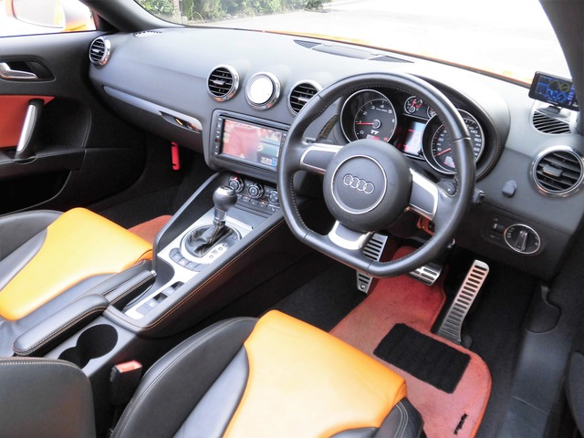 「アウディ」「TTロードスター」「オープンカー」「兵庫県」の中古車3