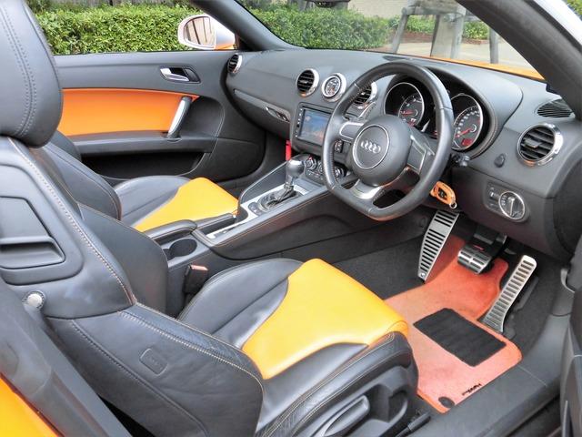 「アウディ」「TTロードスター」「オープンカー」「兵庫県」の中古車7