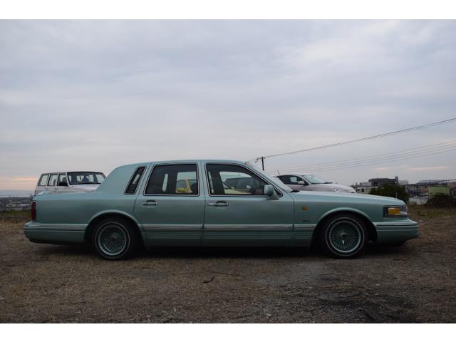 「リンカーン」「タウンカー」「セダン」「兵庫県」の中古車