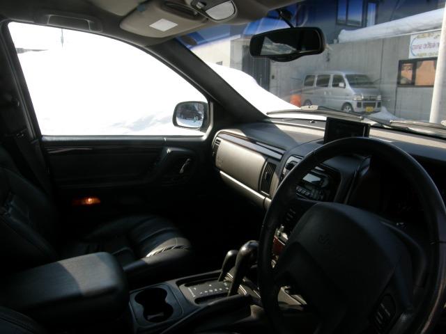 「ジープ」「グランドチェロキー」「SUV・クロカン」「北海道」の中古車10