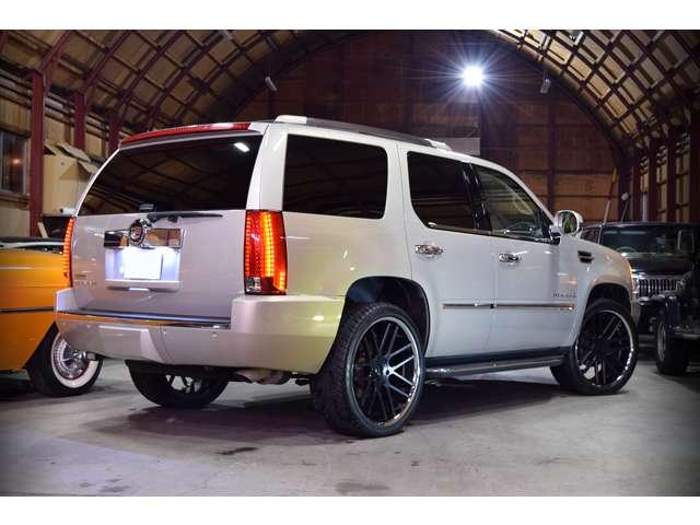 「キャデラック」「エスカレード」「SUV・クロカン」「北海道」の中古車