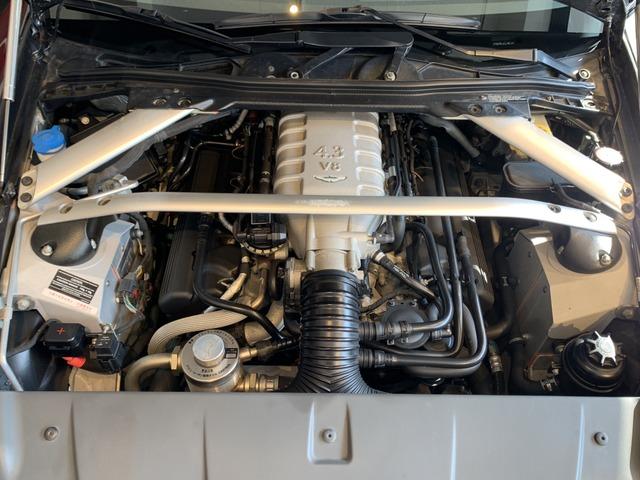 「アストンマーティン」「V8」「クーペ」「東京都」の中古車4