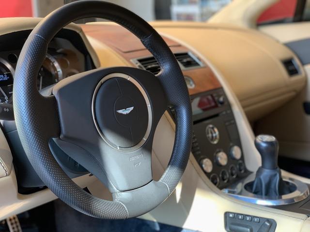 「アストンマーティン」「V8」「クーペ」「東京都」の中古車