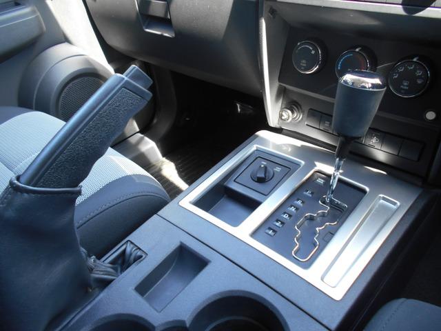 「ダッジ」「ナイトロ」「SUV・クロカン」「千葉県」の中古車