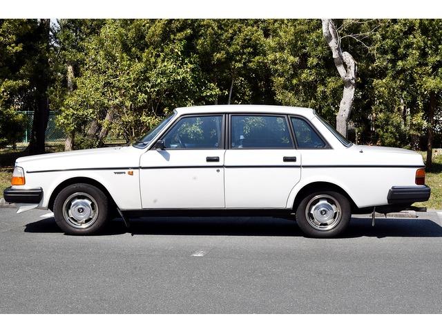 「ボルボ」「240」「セダン」「静岡県」の中古車2
