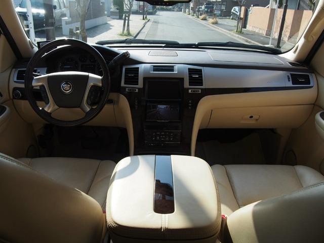 「キャデラック」「エスカレード」「SUV・クロカン」「東京都」の中古車