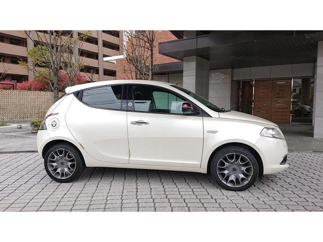 「クライスラー」「イプシロン」「コンパクトカー」「神奈川県」の中古車