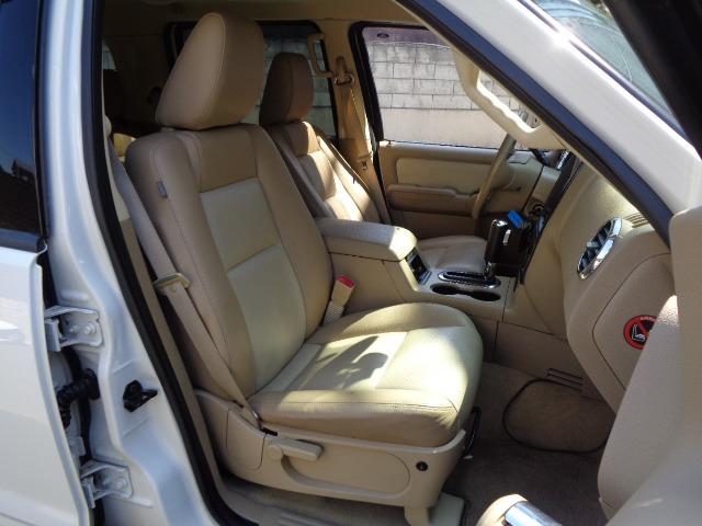 「フォード」「エクスプローラー」「SUV・クロカン」「兵庫県」の中古車