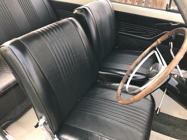 「スバル」「その他」「セダン」「静岡県」の中古車9