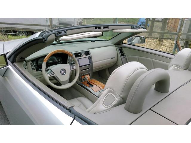 「キャデラック」「XLR」「オープンカー」「千葉県」の中古車3