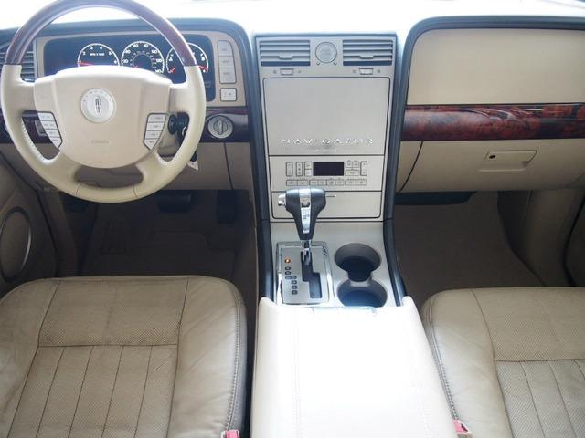 「リンカーン」「ナビゲーター」「SUV・クロカン」「東京都」の中古車3