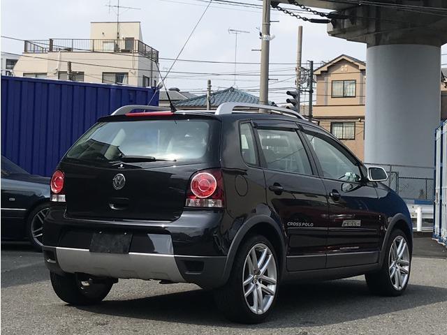「フォルクスワーゲン」「クロスポロ」「コンパクトカー」「神奈川県」の中古車5
