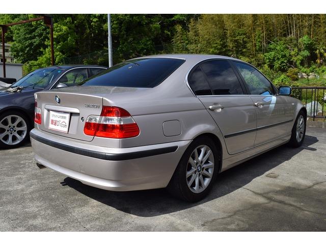 「BMW」「320i」「セダン」「神奈川県」の中古車8