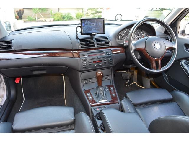 「BMW」「320i」「セダン」「神奈川県」の中古車3