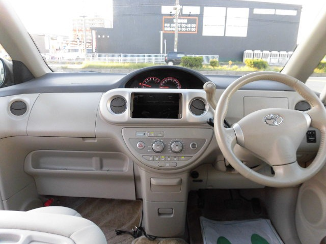 「トヨタ」「ポルテ」「コンパクトカー」「愛知県」の中古車3