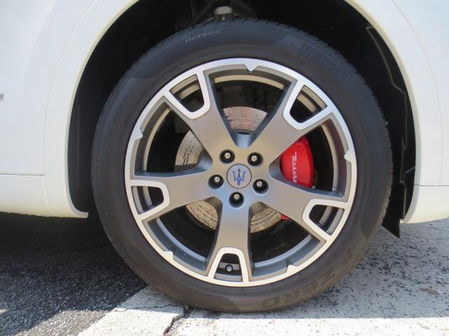 「マセラティ」「レヴァンテ」「SUV・クロカン」「東京都」の中古車6