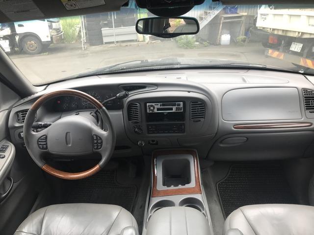「リンカーン」「ナビゲーター」「SUV・クロカン」「北海道」の中古車3