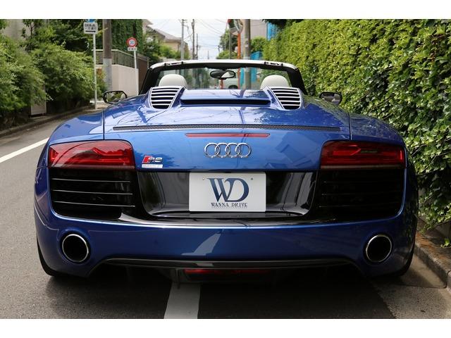 「アウディ」「R8スパイダー」「オープンカー」「東京都」の中古車5