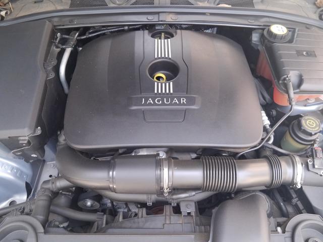 「ジャガー」「XF」「セダン」「東京都」の中古車4