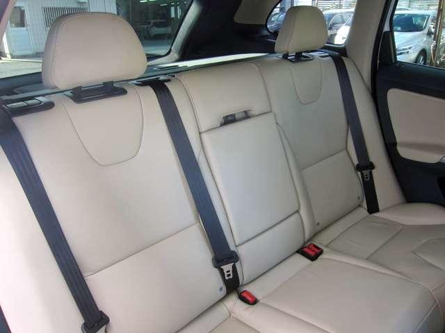 「ボルボ」「XC60」「SUV・クロカン」「大阪府」の中古車6