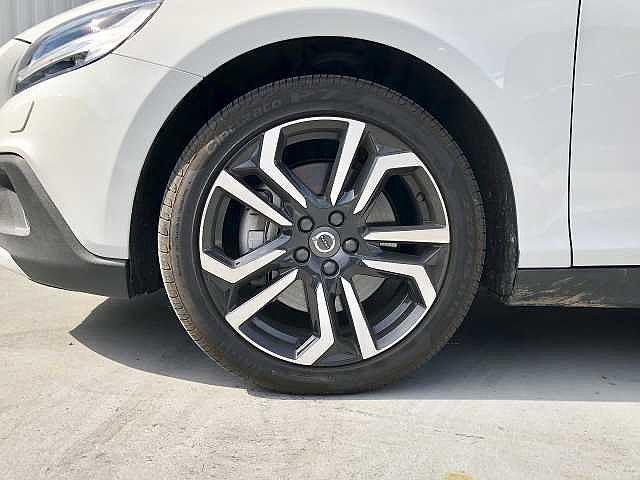 「ボルボ」「V40クロスカントリー」「SUV・クロカン」「大阪府」の中古車8