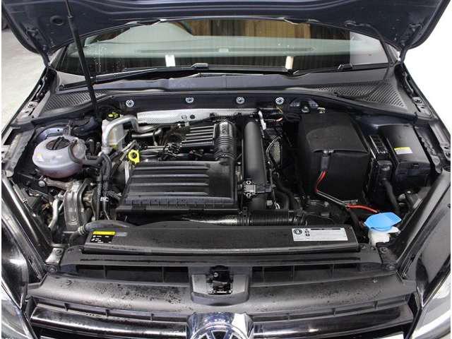 街中から高速まで、燃費と走りのTSIエンジン。