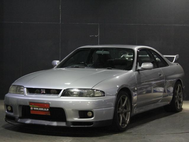 スカイラインGT-R(日産)  中古車画像