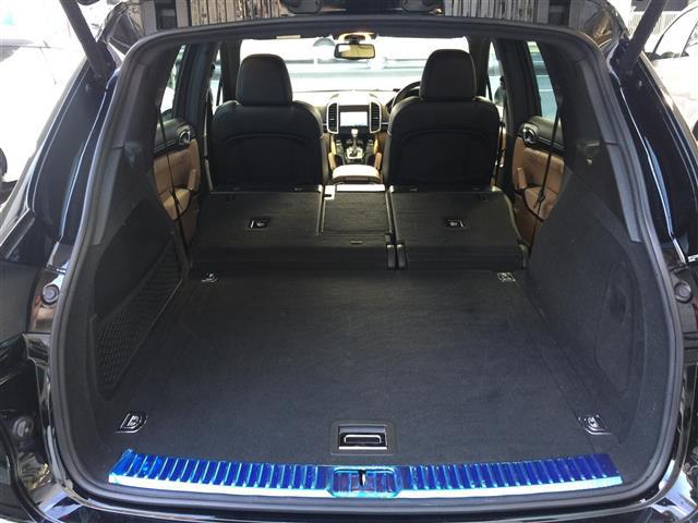 「ポルシェ」「カイエン」「SUV・クロカン」「全国対応」の中古車