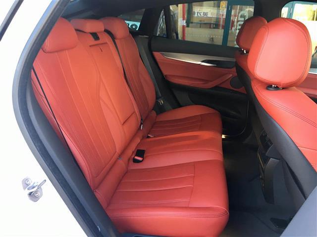 「BMW」「X6」「SUV・クロカン」「全国対応」の中古車