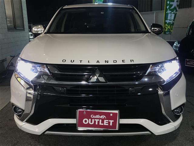 「三菱」「アウトランダーPHEV」「SUV・クロカン」「全国対応」の中古車
