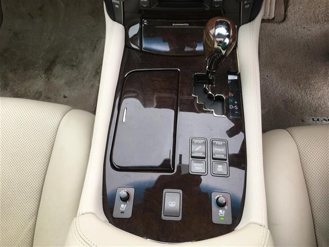 「レクサス」「LS600h」「セダン」「全国対応」の中古車