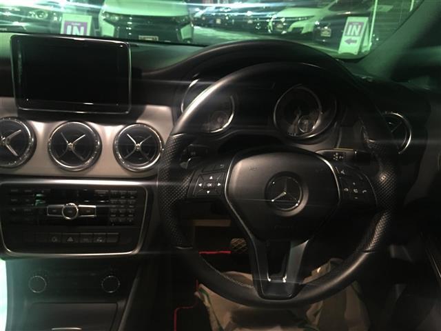 「メルセデスベンツ」「CLA180」「セダン」「全国対応」の中古車
